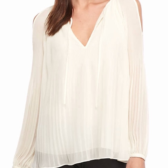 42921aa2d2832b Sanctuary Tops | Cold Shoulder Pleated Top Nwt Size M | Poshmark